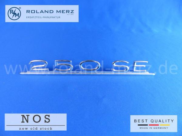 108 817 01 15 Typenkennzeichen Mercedes 250 SE auf Heckdeckel Neuteil/NOS